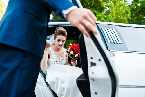 How to write transportation instructions on wedding invitation?