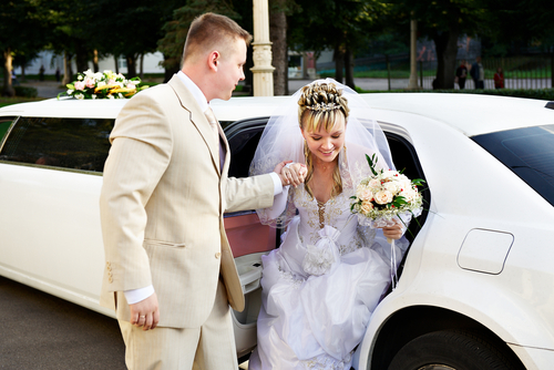 Does the father of the bride ride in the limo?