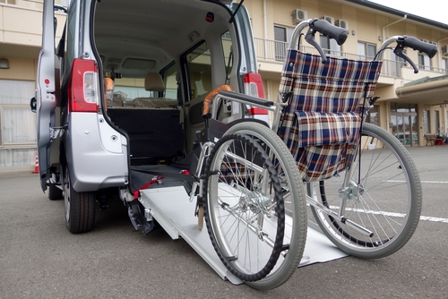 What is the difference between a wheelchair and a transport chair