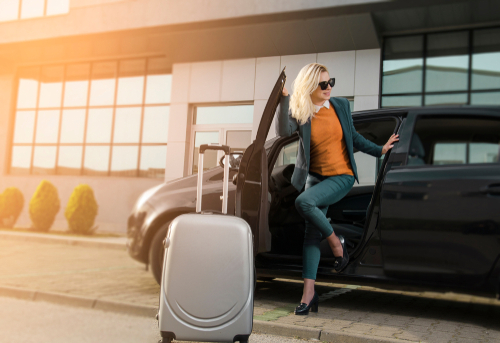 When should I use a meet & greet car service