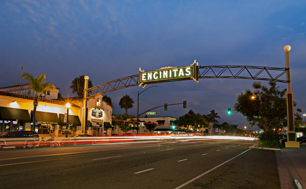 Where should I stay when visiting Encinitas