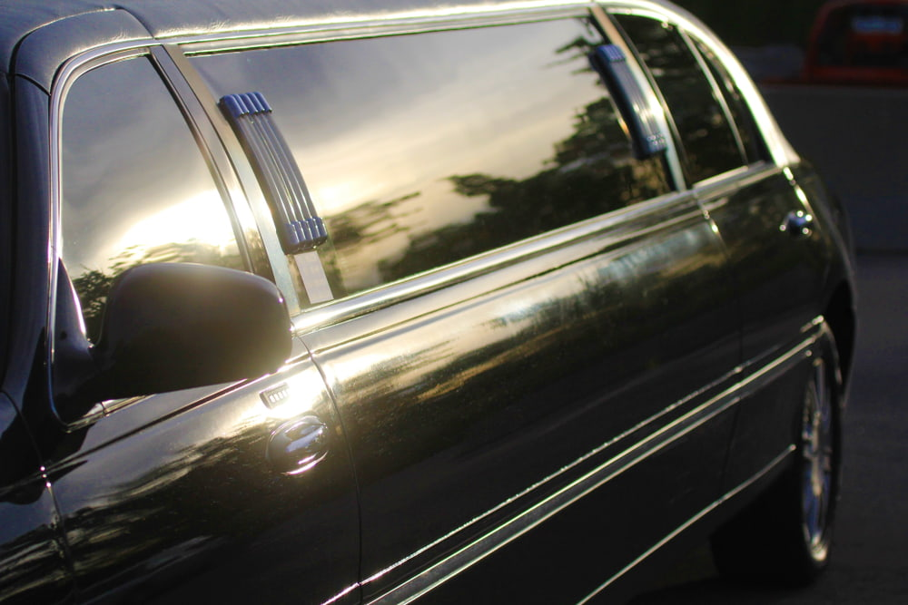 How can I book dependable private chauffeur services in San Diego?